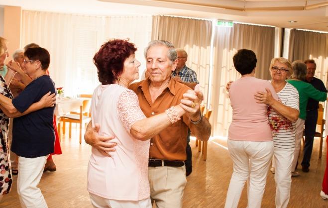 tanztee-es-war-einmal_elisa-walker_036