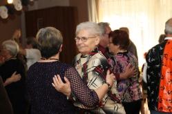 tanztee_seniorenhilfe_elisa-walker_027