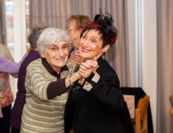 tanztee_seniorenhilfe_elisa-walker_043