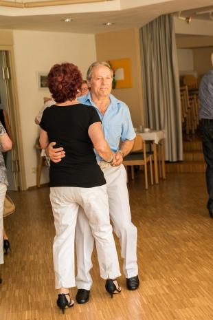 Tanztee Rastatt_Tanz am Meeresstrand_Elisa Walker 11