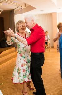 Tanztee Rastatt_Herzlicher Muttertag_Elisa Walker 10