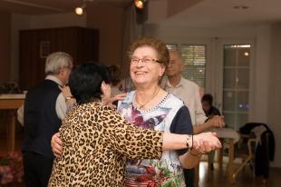 Tanztee Rastatt_Der Frühling lacht_Elisa Walker 35